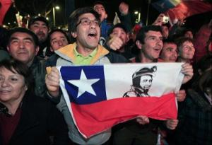 Chileans greet the emergents
